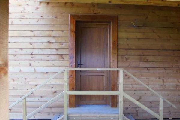 domaine-du-lac-de-sames-design-exterieur-residence-en-bois-3135475794-3DEE-6AFC-A89C-DB1A7D258D25.jpg