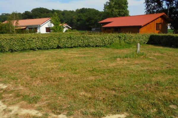 domaine-du-lac-de-sames-terrains-27A52FF545-FA56-825F-A564-DABD248B3276.jpg